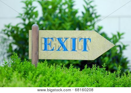 Exit sign at park