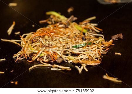 Fried noodle.
