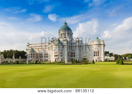 The Ananta Samakhom Throne Hall (