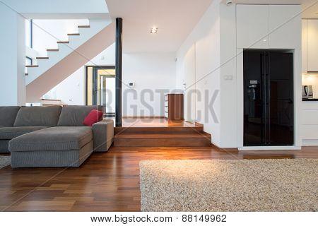 Lounge With Podium