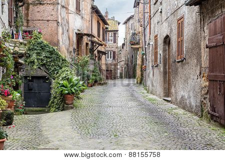 View Of Aquila Ponzio Street