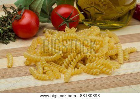 Raw Rotini