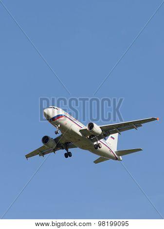 White Passenger Plane Airbus A319