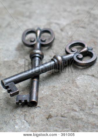 1 Key