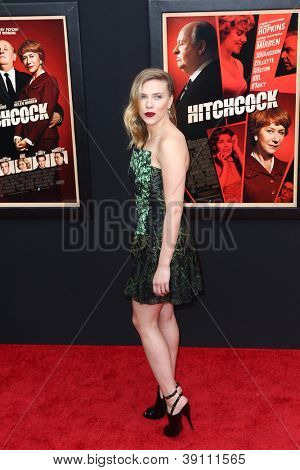 NEW YORK-NOV 18: Actress Scarlett Johansson attends the premiere of