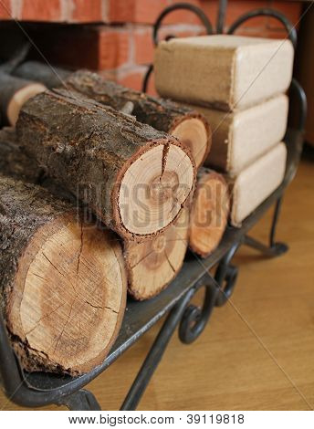 Firewood and briquettes for heating