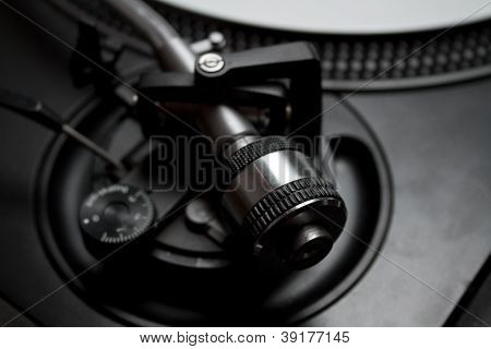 Turntable Tonearm Adjustment