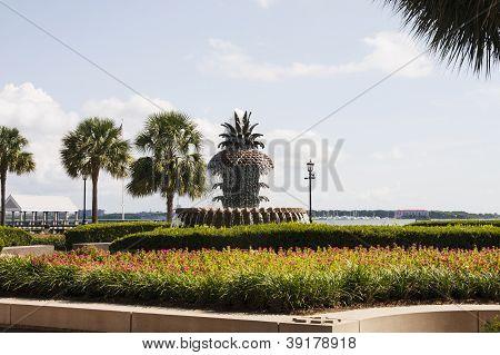 Fuente de la piña en Charleston Park