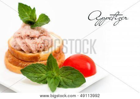 Small pate sandwich