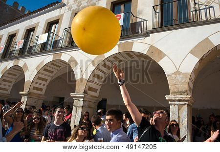 Balloon Over Crowd