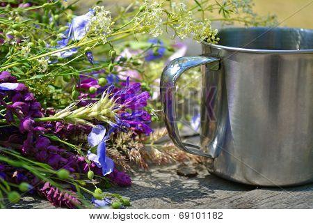 Flowers With Camp Mug For Tourism