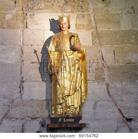 Statue of St-Louis in Aigues Mortes