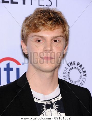 LOS ANGELES - MAR 28:  Evan Peters arrives to the Paleyfest 2014: American Horror Story COVEN  on March 28, 2014 in Hollywood, CA