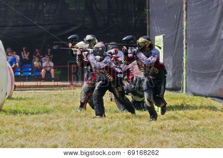 Team Sports. Paintball.