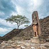 picture of mayan  - Highly detailed image of Ruined Mayan city Tonina Chiapas Mexico - JPG