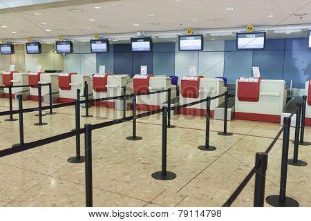GENEVA - SEP 16: Airport interior on September 16, 2014 in Geneva, Switzerland. Geneva International Airport is the international airport of Geneva, Switzerland.
