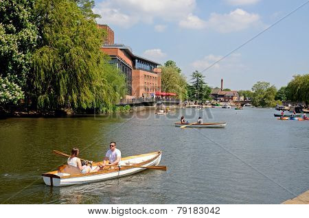 Rowing on River Avon, Stratford-upon-Avon.