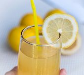 Постер, плакат: Lemonade Glass Indicates Beverage Refreshing And Tropical