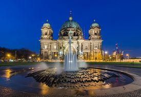 image of dom  - Berlin Cathedral (Berliner Dom) panorama at Night with fountain ** Note: Visible grain at 100%, best at smaller sizes - JPG
