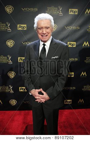 BURBANK - APR 26: Regis Philbin at the 42nd Daytime Emmy Awards Gala at Warner Bros. Studio on April 26, 2015 in Burbank, California