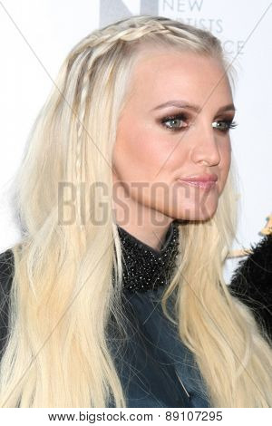 LOS ANGELES - FEB 20:  Ashlee Simpson at the
