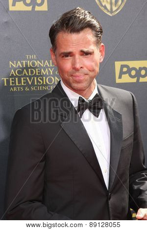 LOS ANGELES - APR 26:  Jason Thompson at the 2015 Daytime Emmy Awards at the Warner Brothers Studio Lot on April 26, 2015 in Burbank, CA