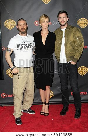 LAS VEGAS - APR 21:  Tom Hardy, Charlize Theron, Nicholas Hoult at the Warner Brothers 2015 Presentation at Cinemacon at the Caesars Palace on April 21, 2015 in Las Vegas, CA
