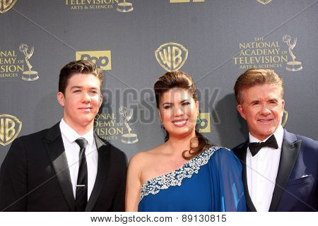 LOS ANGELES - APR 26:  Alan Thicke, son, wife at the 2015 Daytime Emmy Awards at the Warner Brothers Studio Lot on April 26, 2015 in Burbank, CA