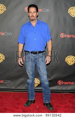 LAS VEGAS - APR 21:  Kevin Dillon at the Warner Brothers 2015 Presentation at Cinemacon at the Caesars Palace on April 21, 2015 in Las Vegas, CA
