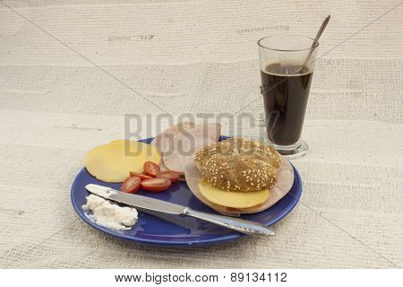 Preparing homemade breakfast diet, healthy diet for reducing body weight