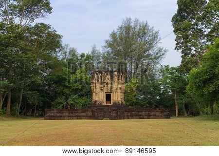 Hidu sanctuary situated name prasat ban phluang