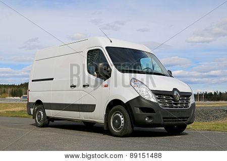 White New Renault Master Van
