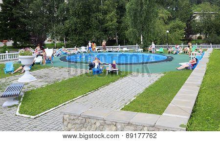 Outdoor pool in the Sanatorium Centrosouz