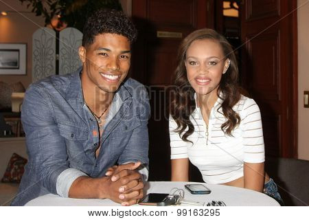 LOS ANGELES - AUG 14:  Rome Flynn, Reign Edwards at the Bold and Beautiful Fan Event Friday at the CBS Television City on August 14, 2015 in Los Angeles, CA