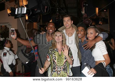 LOS ANGELES - AUG 14:  Lawrence Saint-Victor, Ashley Jones, Pierson FOde, Rome Flynn, Reign Edwards at the Bold and Beautiful Fan Event at CBS Television City on August 14, 2015 in Los Angeles, CA