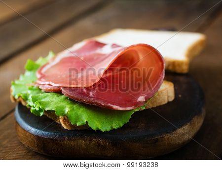Sandwich with Parma ham