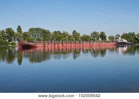 laden barge