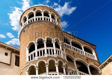 Scala Contarini Del Bovolo - Venezia Italy