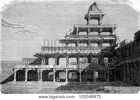 The Panch Mahal in Fatehpur Sikri, vintage engraved illustration. Le Tour du Monde, Travel Journal, (1872).
