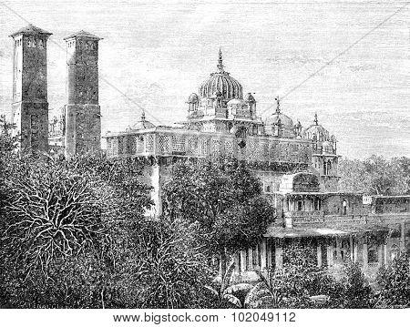 The palace Phool Bagh, Orchha, vintage engraved illustration. Le Tour du Monde, Travel Journal, (1872).