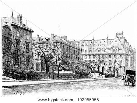 The College de France, Rue des Ecoles, vintage engraved illustration. Paris - Auguste VITU 1890.