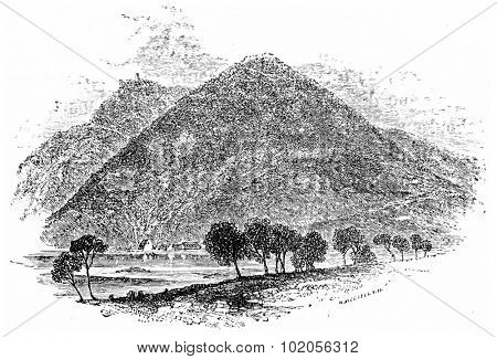 Mountain of All Saints, vintage engraved illustration. From Chemin des Ecoliers, 1861.