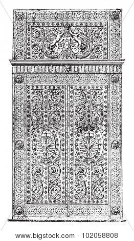 Forged iron gate and chased the Apollo Gallery, vintage engraved illustration. Industrial encyclopedia E.-O. Lami - 1875.