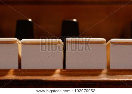 Piano Keys, Macro