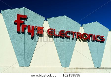Fry's Electronics Store Exterior
