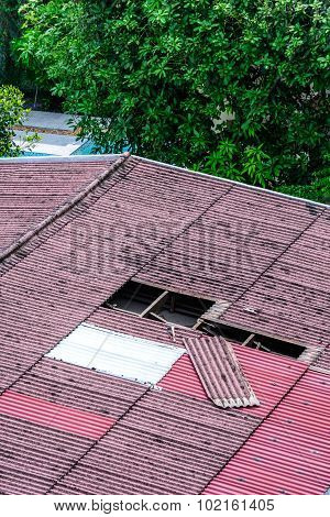 Damaged Old Tiles Roof, Need To Replacement.