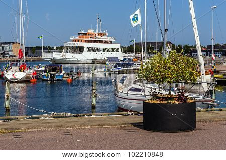 Scenes from the marina in Farjestaden
