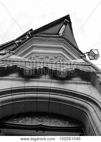 tudor chester buildings history british iconic