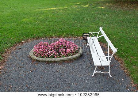 White park bench