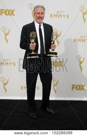 LOS ANGELES - SEP 20:  Jon Stewart at the Primetime Emmy Awards Press Room at the Microsoft Theater on September 20, 2015 in Los Angeles, CA
